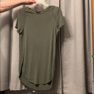 The limited Hunter green t shirt